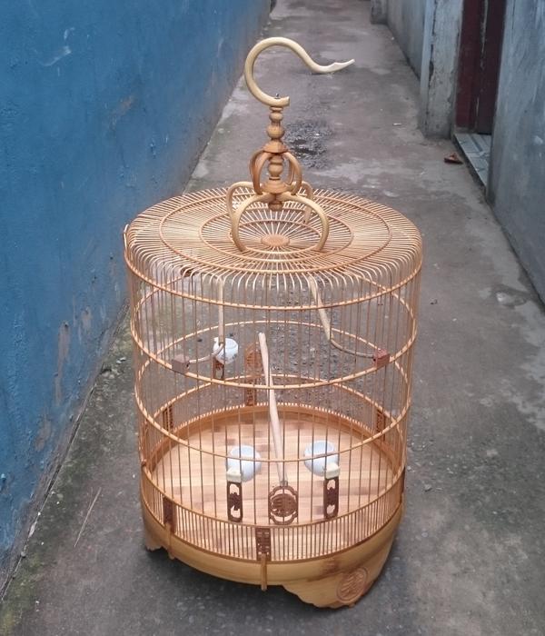 Lồng Biên Hòa chân cao chữ tàu CM900