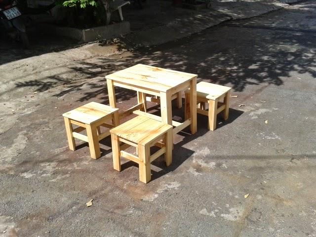 bàn ghế gỗ thông ballet BG02
